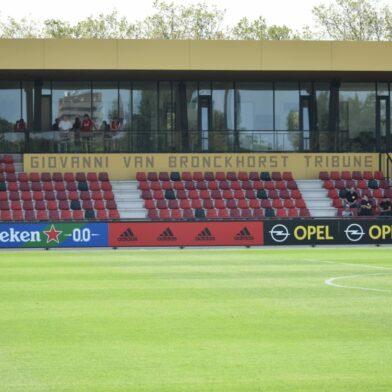 Feyenoord neemt afscheid van Stanley Brard